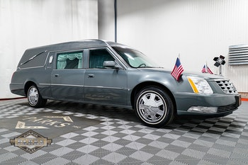 Parks Superior - Funeral Vehicles Hearses & Limos - New